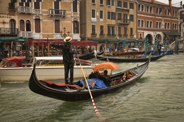 Gondolier Singing in the Rain
